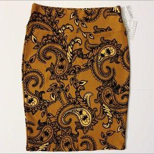 NWT Lularoe Cassie Paisley Pencil Skirt